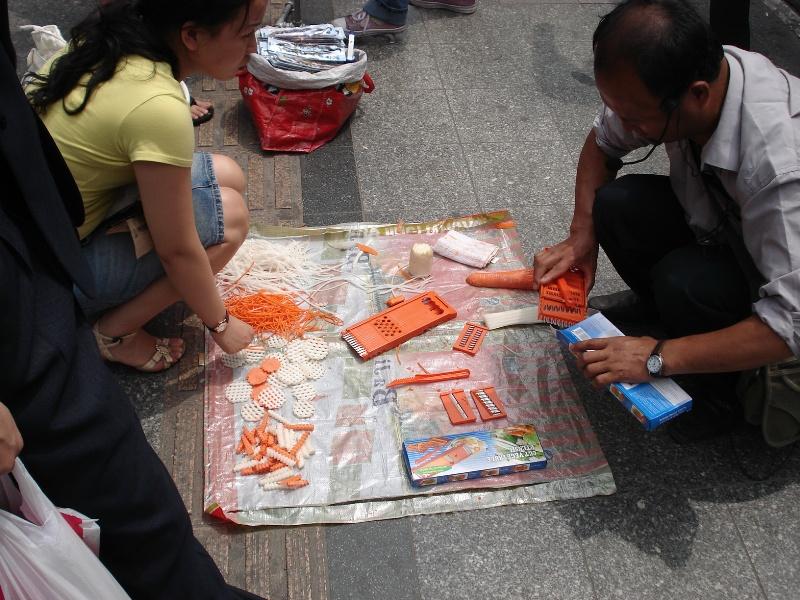 street-sales14
